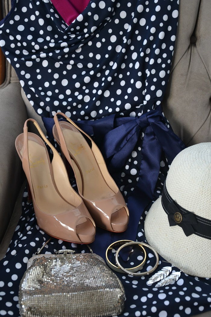 how to style a polka dot dress