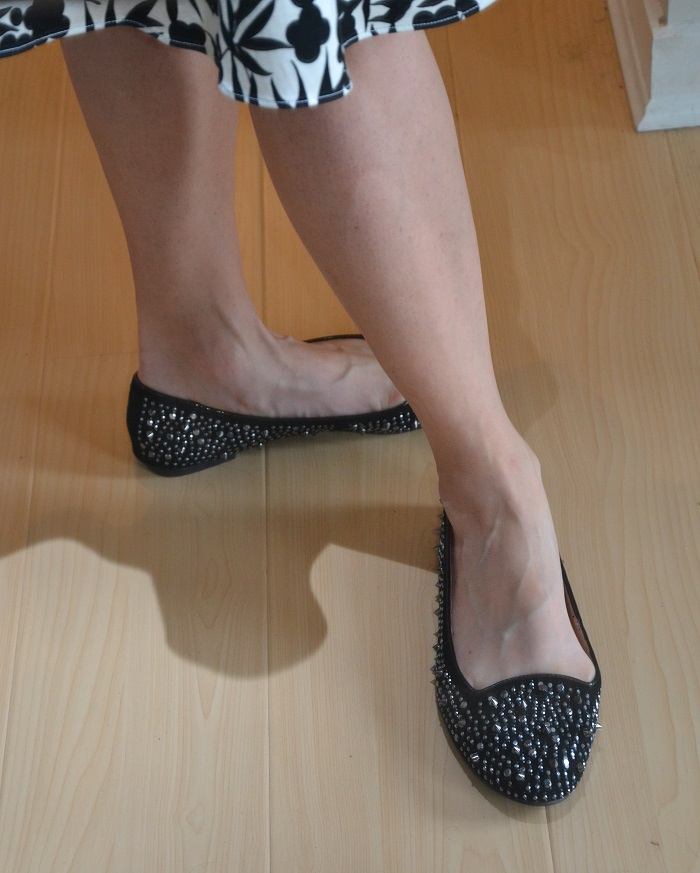 flat for how to walk in heels
