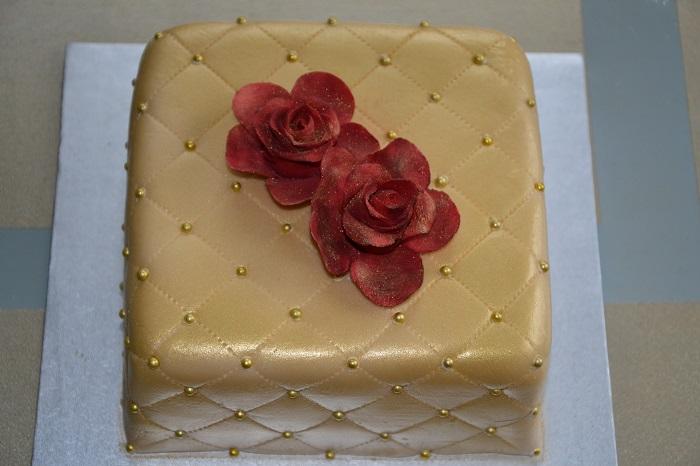 luxury in cakes