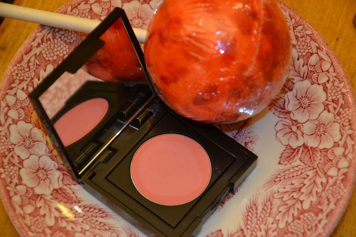 laura mercier in oleander