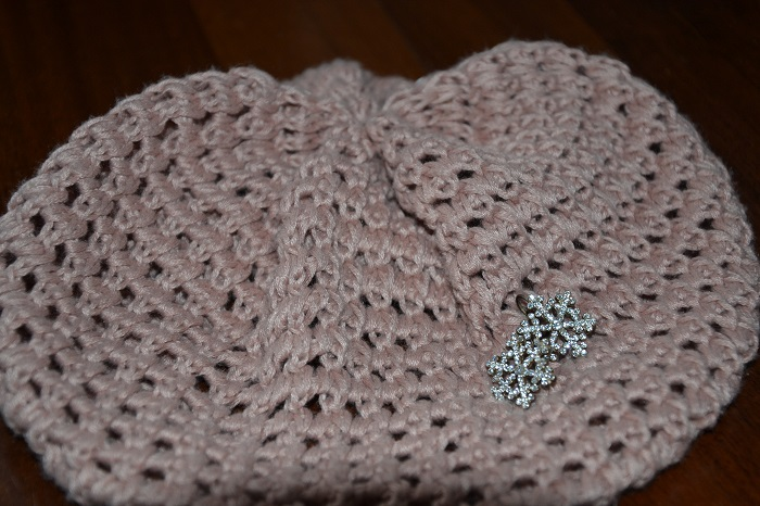 Pink beret with crystal snowflakes