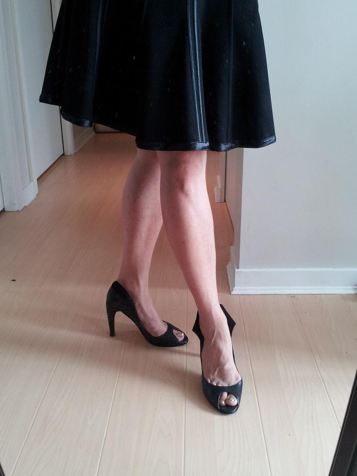 black court shoes