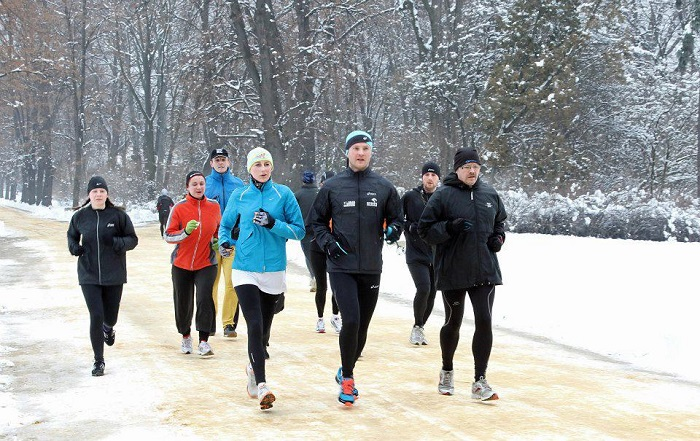 group running outdoors