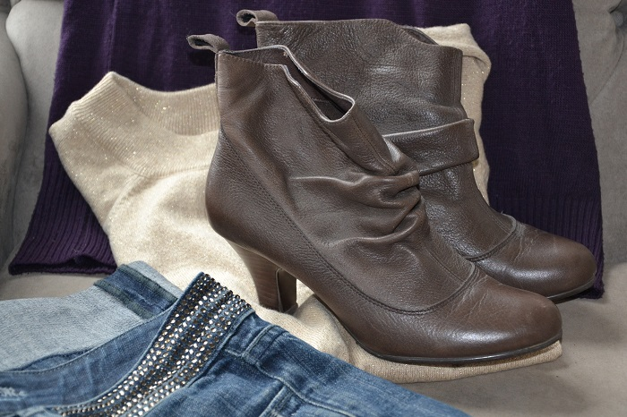 how to wear boots for spring